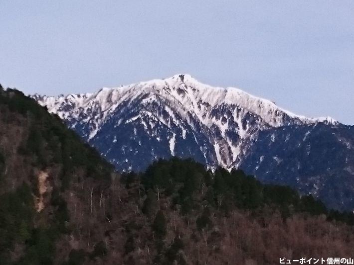 雨引山から望む餓鬼岳